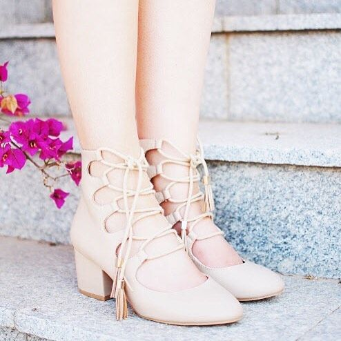 Totally in love with these heels I found in my local @primark sale!  there's an outfit post over on http://ift.tt/29BwJaC & I'd love to hear what you think!