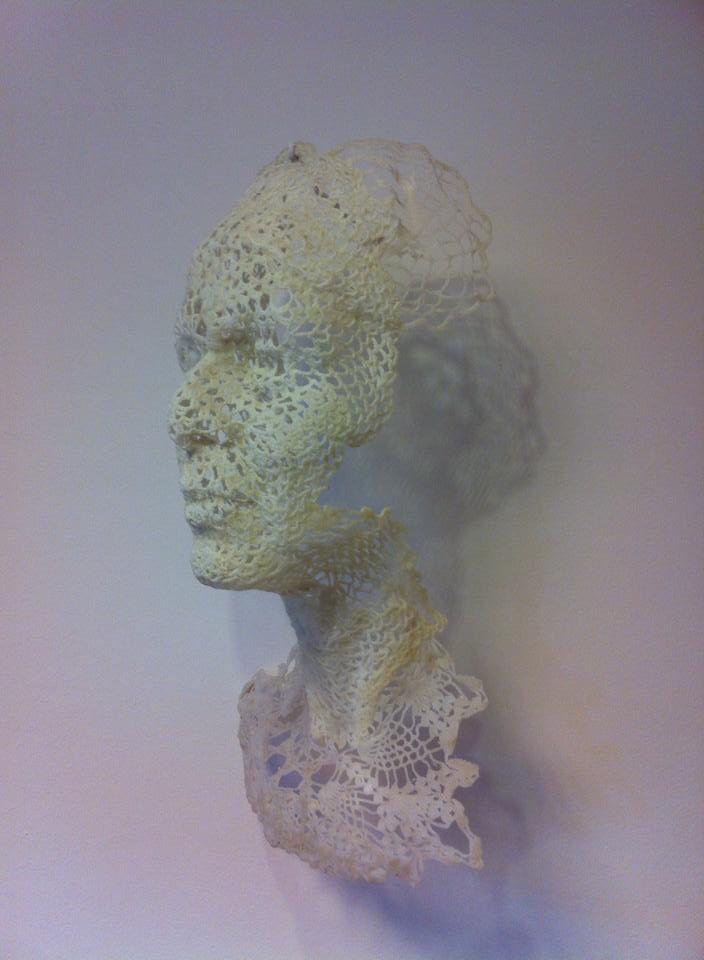 """Kunstwerk """"Textiel""""  Er kan meer met haken! Made by Frans van Hintum Beeldhouwwerken"""