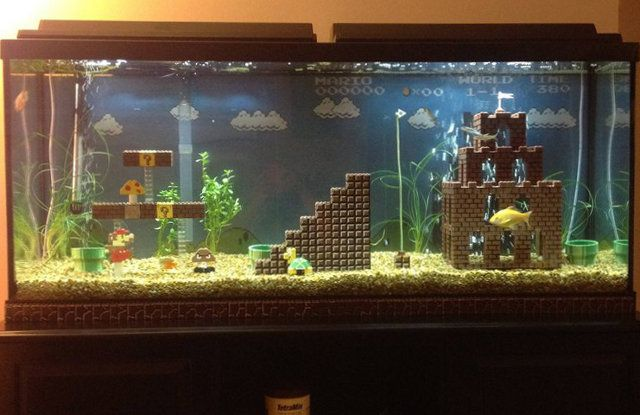 IT's SUPER MARIO fishtank decor. MADE OF LEGOS. So much amazing. This needs to happen!