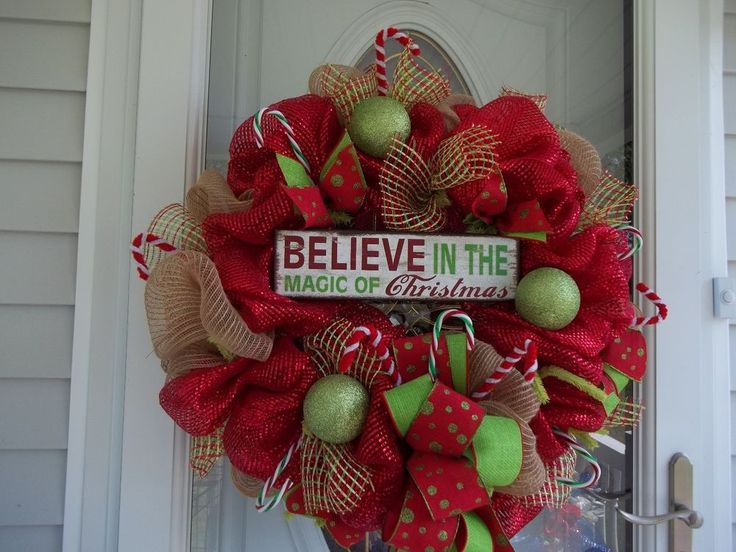 BELIEVE~ CHRISTMAS~ DOOR~ WALL ~WREATH~MESH~SIGN~CANDY CANES~ORNAMENTS