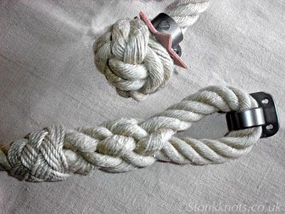 stair rope end knot and splice