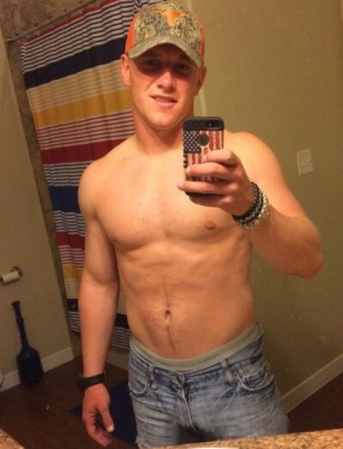 rednneck athletic naked boy