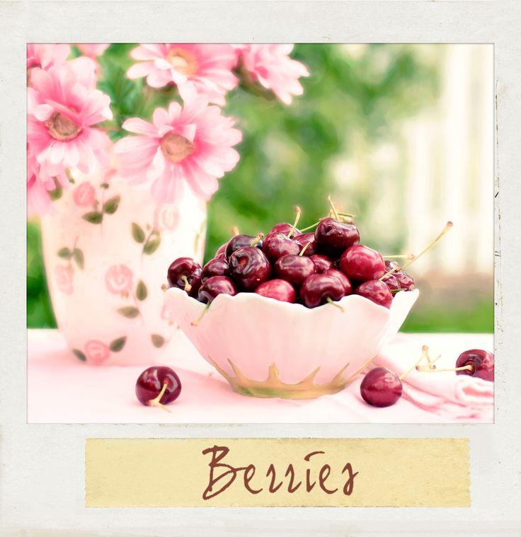 A Bowl of #Fresh #Berries. #PolaroidFx #Polaroid #Fruit #Food #Yummy #Healthy #Berry Sweet