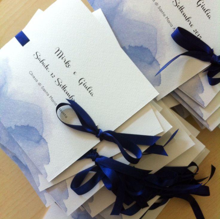 Libretti messa quadrati con acquerello e nastro blu!