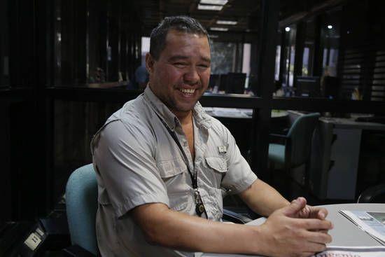 A punto de cumplir 19 años como Ayudante de Pregón en El Universal y 15 en la directiva del Sindicato de Trabajadores Gráficos, Rene González, ahora con 40 años de edad, cuenta que era un jovencito cuando llegó al periódico. (Foto: Vicente Correale)