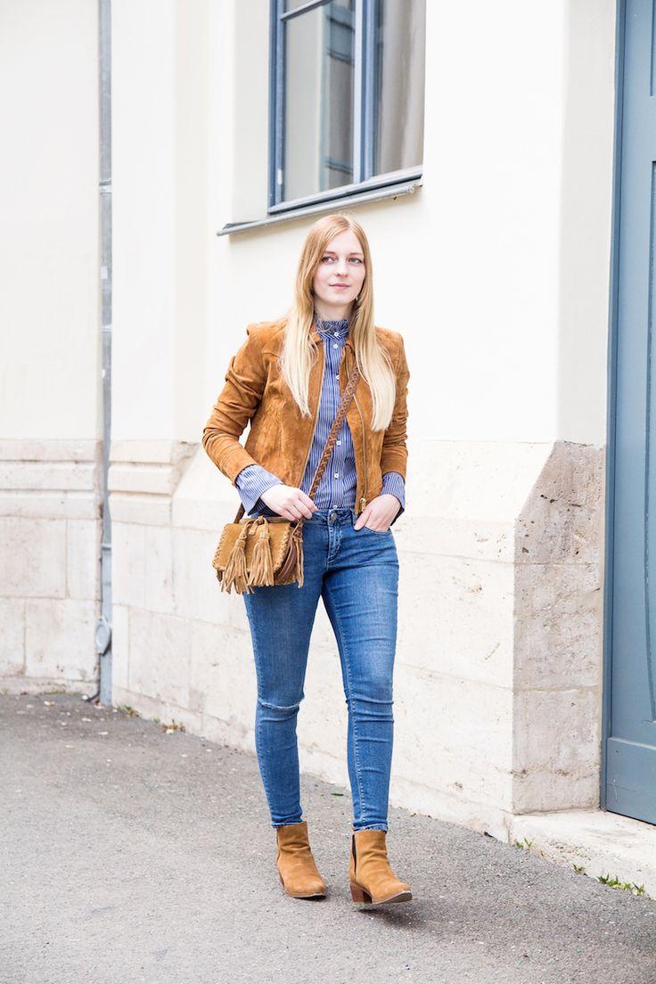 Outfit, Bluse mit Statement Ärmeln, Fashionblogger, Wildlederjacke, Tasche mit Fransen, wie kombiniere ich, how to wear