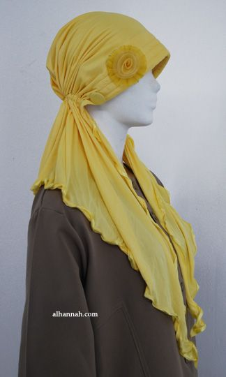 turban cap. I love the 1920's feel to this. As a mitpachat  you could just style the scarf ends back instead of forward as for hijab. They are lovely just like this though!