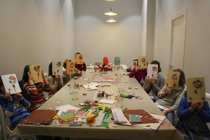 Algunos asistentes a los talleres y cumpleaños de Scrap y Casa Coqueta (Gijón, Asturias)