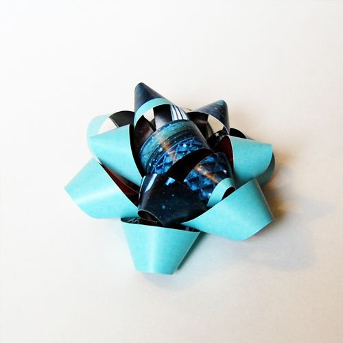The Craftinomicon: DIY: Small Gift Bows
