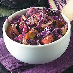 Braised Cabbage With Apples: Diabetes Forecast®