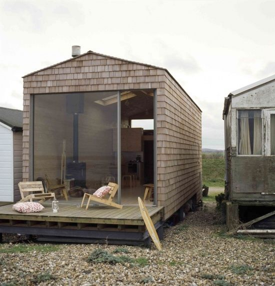 BEACH HUT - love the sliding expanse of glass as the entrance...x