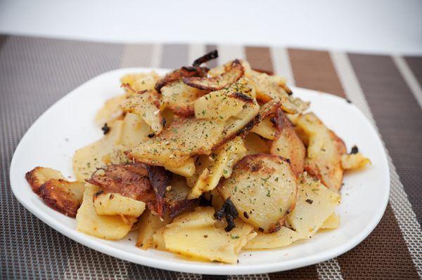 Πατάτες φούρνου σαν τηγανιτές. Μια εκδοχή της τηγανιτής πατάτας χωρίς τηγάνι που σίγουρα θα την λατρέψετε!