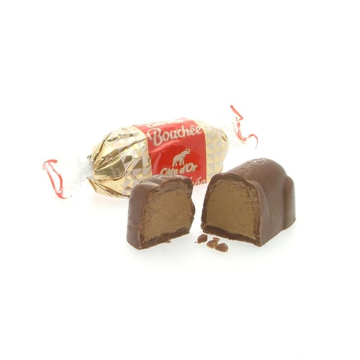 """""""Souris"""" en chocolat Cote D'Or (Bouchee = Milk chocolate with hazelnut creme filling) Impossible de s'arrêter !!"""