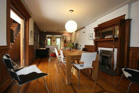 25 best ideas about dark trim on pinterest dark for Arredamento casa antica