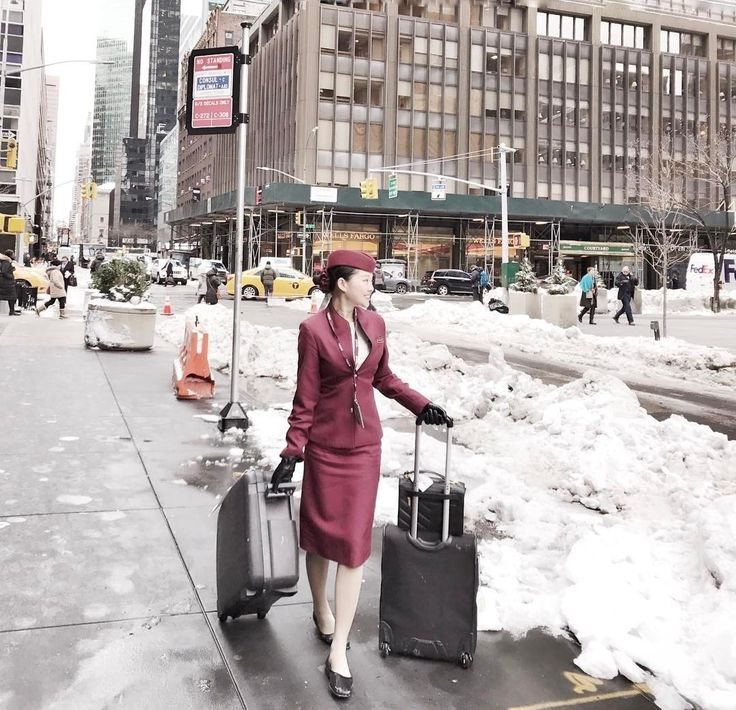 From @coreen_chng Here I am AGAIN in #newyork I'm such a #frequentflyer of #jfk#flight I remembered that I was here in New York last month and it was snowstorm  as well. Well again am here today. I have such a good connection with snowstorm in this Big Apple City. That's why I always said I #love #myjob cause this is #my #lifestyle  #instatraveling#travelblogger#welivetoexplorer#crewlife#potd#traveler#travelling#wearetravelgirls#manhattan#usa##airline#airlinescrew#airlinelife #crewiser…