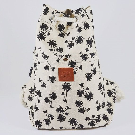 Style: Drawstring rope backpack Size: 40 cm x 40 cm x 25 cm Outer material…
