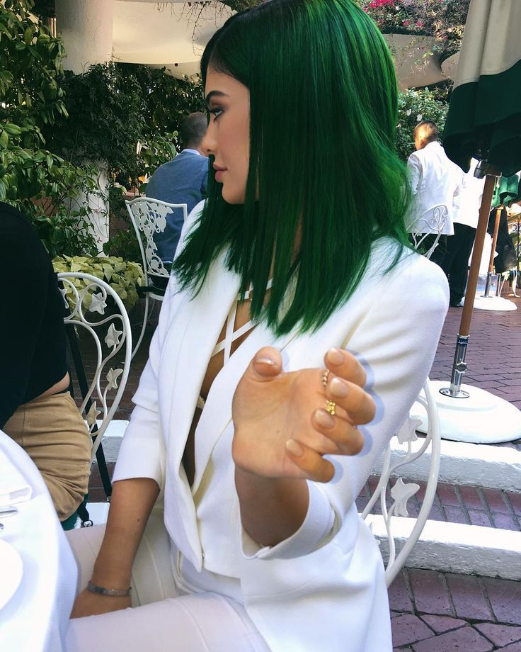what an amazing day. More to come before Christmas x by kyliejenner http://grafgram.com/category/k/kylie-jenner/