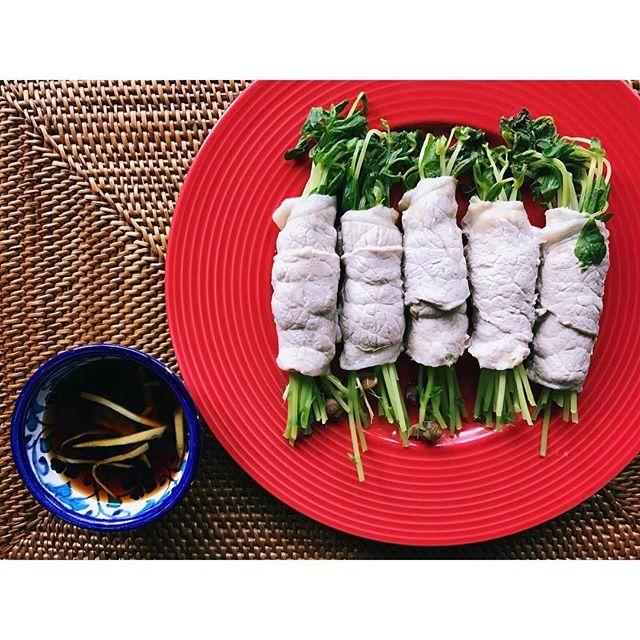 * 豆苗豚肉巻き🐷🌴 *  #夕飯#ごはん#おかず#豚肉#豆苗#ポン酢#生姜#ダイエット#料理#おうちごはん#野菜#肉#cooking#homecooking#dinner#meat#pork#healthy#diet#food#foodstagram#vegetable#colorful