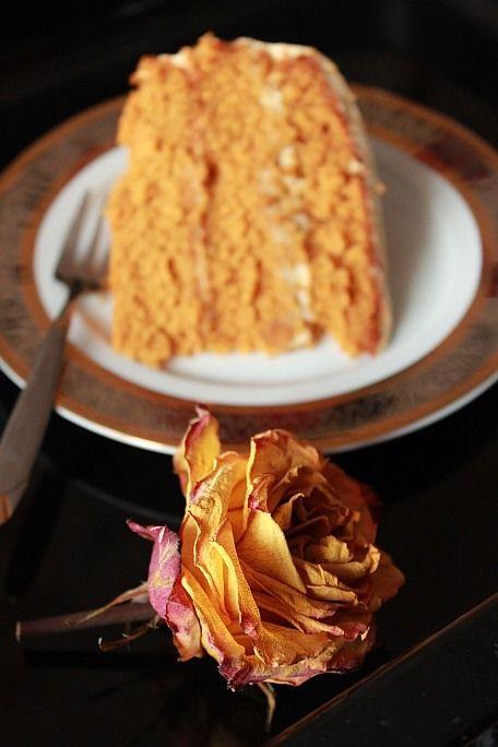 Старинный Вермонтский торт с жжёным сахаром и кремом из сливочного сыра