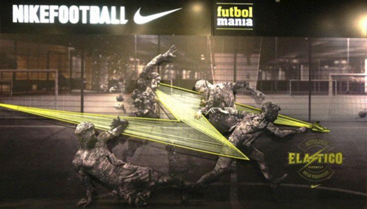 Escaparate dinámico, expresivo, tridimensional ... es el que ha creado la empresa TAG para Nike.