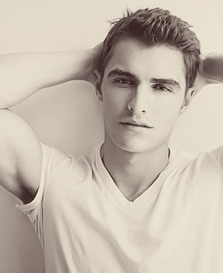 Dave Franco is nice looking too.. but he'll never beat James