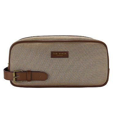 #Ted #Baker Mens #Printed Wash Bag SS17 #10227961 #44 #Advantage card #points. Ted #Baker #Men™s #Printed Wash Bag SS17 FREE #Delivery on #orders over 45 GBP. #(Barcode #EAN=5045096748905)