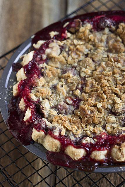 Strawberry Vanilla Crumb Pie