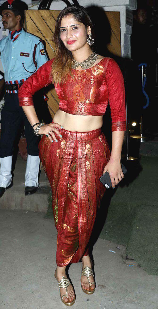 Aarti Singh at Kishwer Merchant-Suyyash Rai's mehendi, sangeet ceremony. #Bollywood #Fashion #Style #Beauty #Hot #Sexy #Ethnic