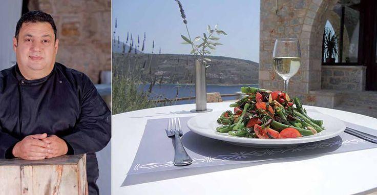 Συνέντευξη του Χριστόφορου Πέσκια στο Real Taste & Style στις 12/06/2016   http://goo.gl/i6Bqni Γεννήθηκε και μεγάλωσε στην Κύπρο. Ενώ σπούδαζε Διοίκηση Επιχειρήσεων στο πανεπιστήμιο της Βοστόνης, η φοιτητική ζωή έβγαλε στην επιφάνεια το πάθος του για τη μαγειρική. Εχει μαθητεύσει δί�