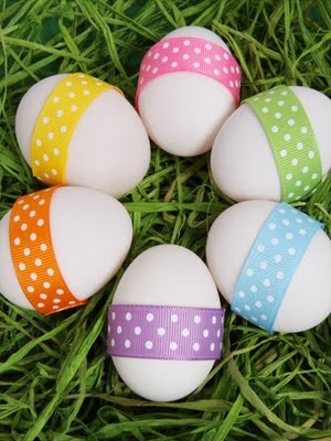 <3 Simple Ribbon Easter eggs