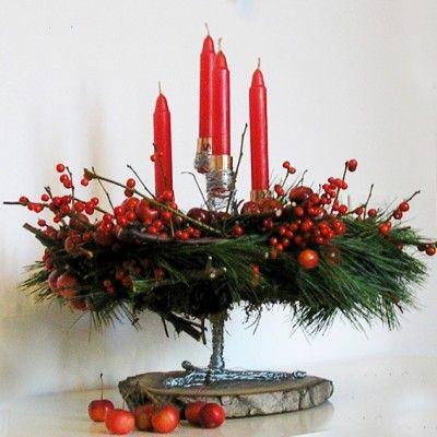 YaU Concept _ yau flori_aranjament pentru advent_yau evenimente_christmas table decoration #christmas #christmasdecor #holiday #candle #christmascandle #yauconcept #yau #christmasdecoration #decoration #pine #ilex
