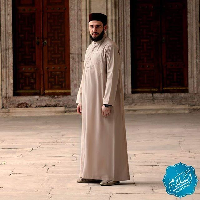 ثوب رجالي بيج يصنع حسب الطلب للتواصل يمكنكم التواصل معنا عبر الواتسآب على الرقم 00905558888033 طاقية صلاة رجالية متجر اسلام