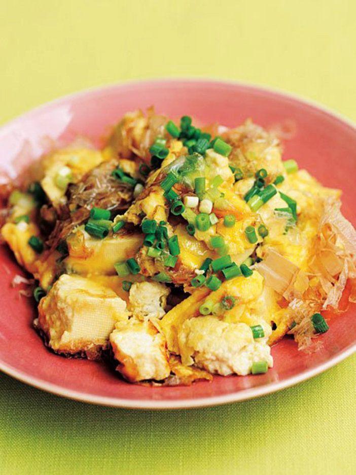 めんつゆと豆腐を使って、定番の卵焼きをグレードアップ|『ELLE gourmet(エル・グルメ)』はおしゃれで簡単なレシピが満載!