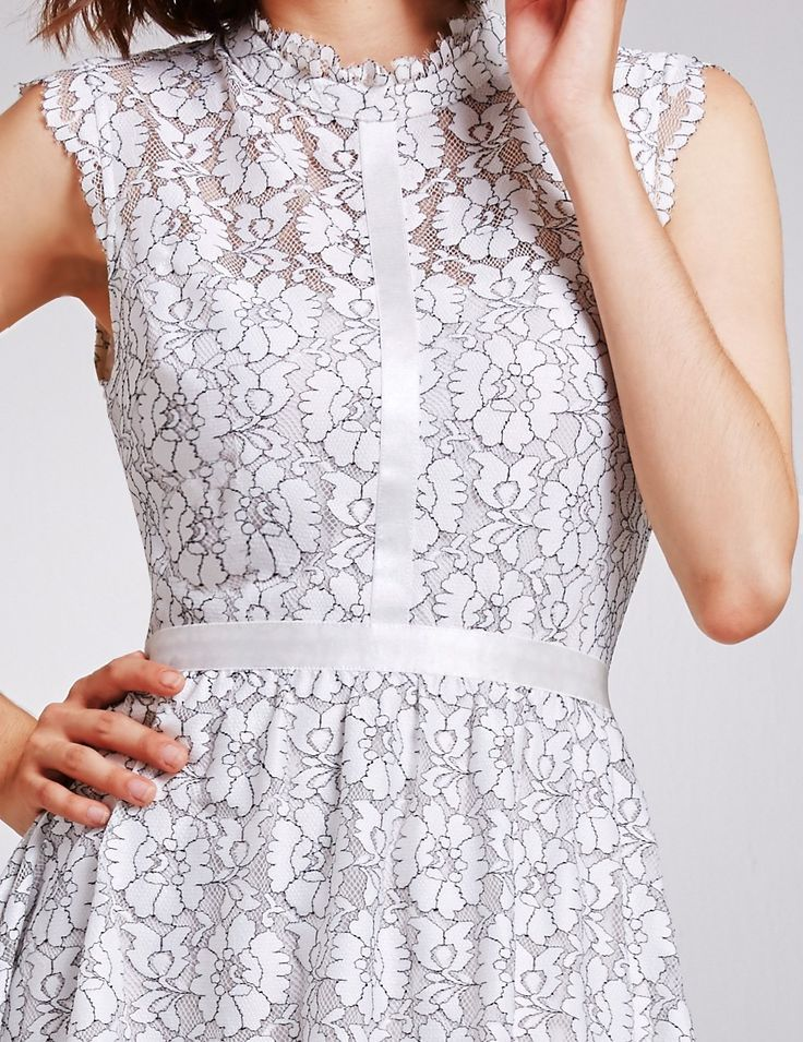 Elegant Knee Length Sleeveless Fit and Flare Lace Dresses