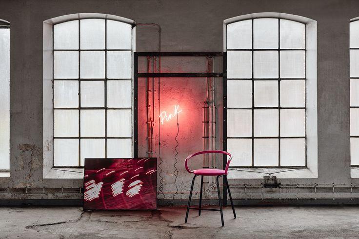 Kaloo bar stool, design: Karim Rashid | Styling: Katrin Bååth | Photo: Sara Landstedt