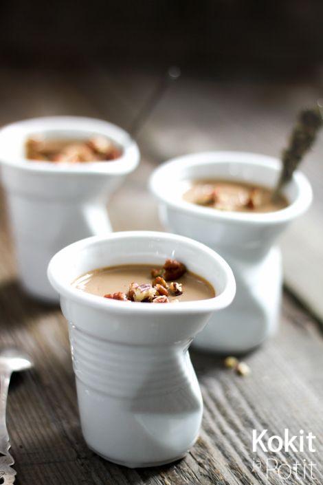 Suklainen kahvipannacotta on superhelppo jälkiruoka! #pannacotta #recipe #resepti