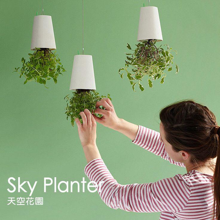 Sky Planter Garden Upside Down Type Air Flower Pot Plastic Hanging Pots
