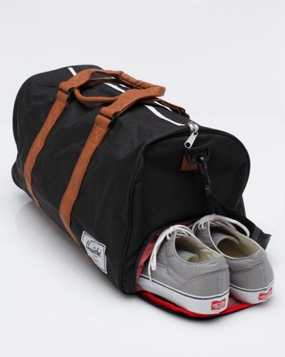 Always looking for a great black workout bag, this one from Herschel looks like it may fit all my needs perfectly. Let's hope it fits my shoes.