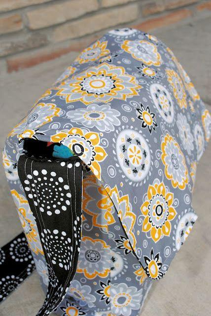 Messenger bag pattern and tutorial @Kari Marbury- look at the fabric!!!!