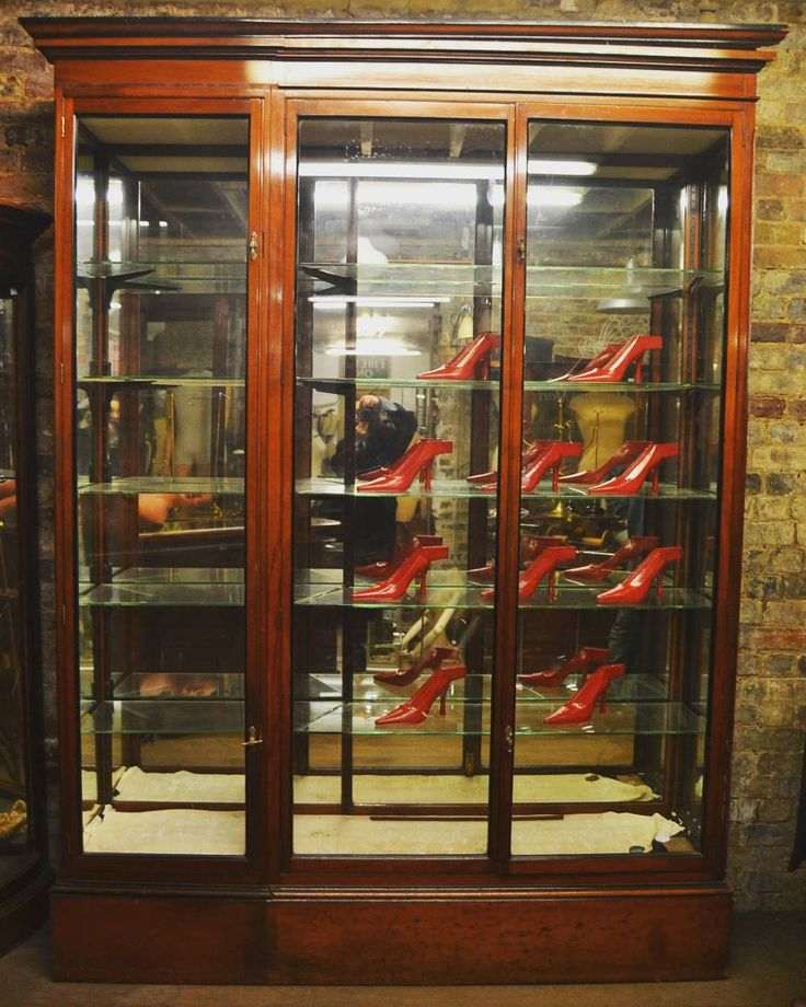 Victorian Display Cabinets at D and A Binder | We have beautiful large antique  display cabinets - Best 25+ Antique Display Cabinets Ideas On Pinterest Natural