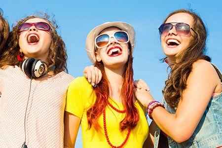 Una #risata di gusto è tutto ciò che serve per ridurre lo #stress. Scopri tutti i nostri #consigli: http://www.dimmidisi.it/it/dimmidipiu/idee_in_pochi_minuti/article/a_me_vien_da_ridere_.htm #dimmidisi #tutorial #smile