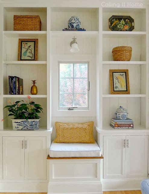 Miss Dixie - Build in shelves and a window seat!