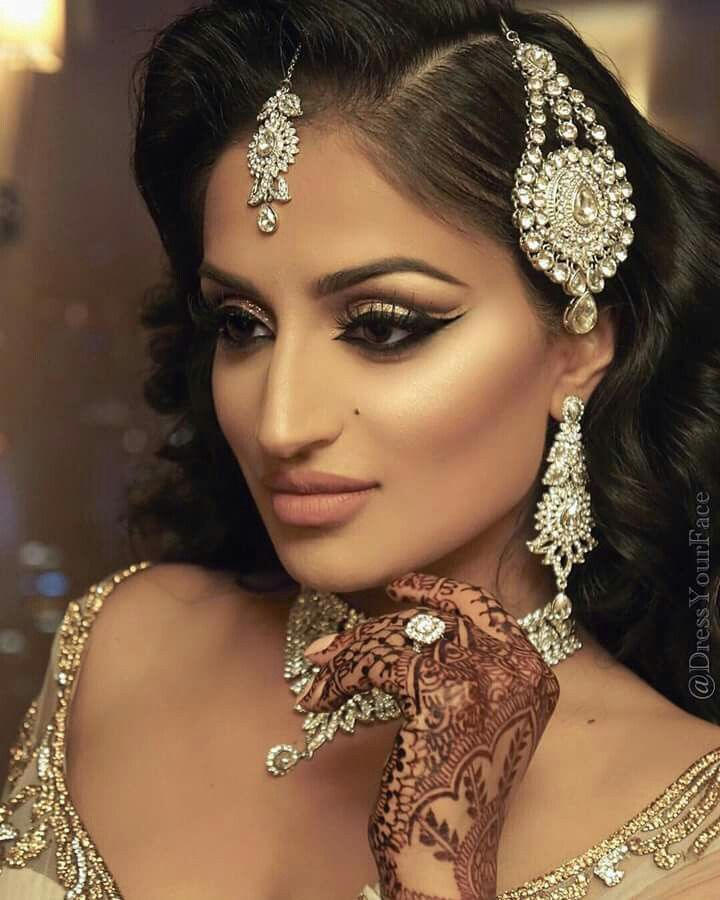 Indian Wedding Makeup: 87 Best Bollywood Beauty . Indian Brides Images On Pinterest