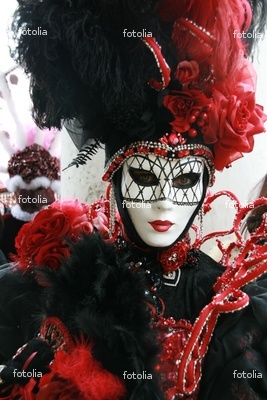 Would love to have a personalised mask made and attend the Venice Carnival