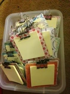 Post-It Clipboards tutorial - These are super easy and CUTE! They cost less than $1 each to make. Give them as parent volunteer gifts, student Christmas gifts, or anything really! I would get some colorful post-its, but other than that these are awesome!!