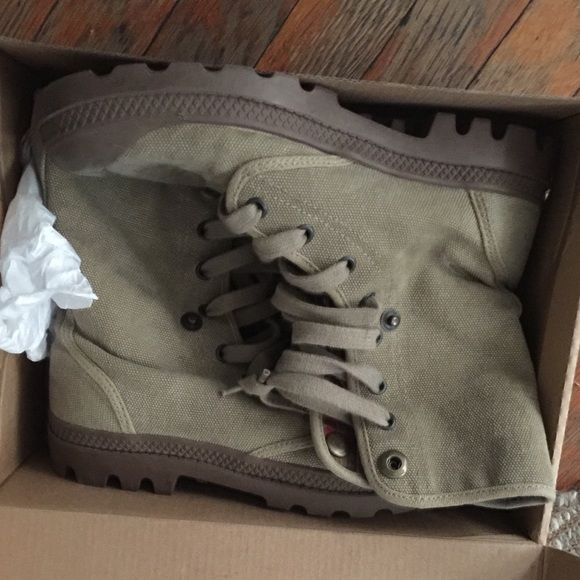 Palladium (baggy) boots Brand new never worn military style palladium boots, size 5 in men's but fits a women's size 7 Palladium Shoes Ankle Boots & Booties