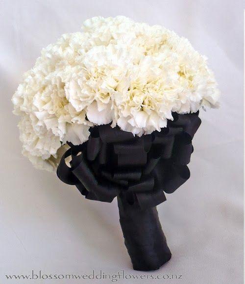 #Kazar wychodzezamaz.pl: Czarno-białe bukiety ślubne.