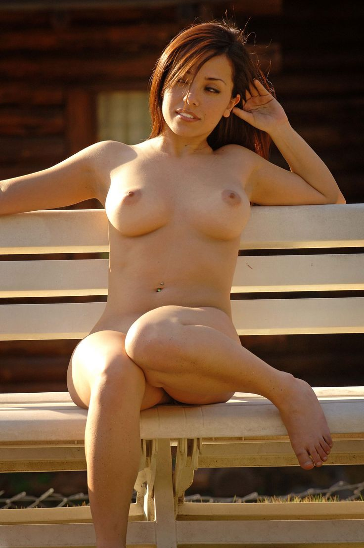 This photo blog is dedicated to all the beautiful women who enjoy being naked on a beach, by the...
