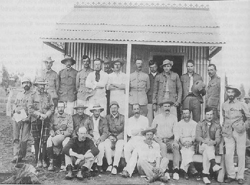 Boer prisoners of war and their British captors battle it out on the cricket field, 1901