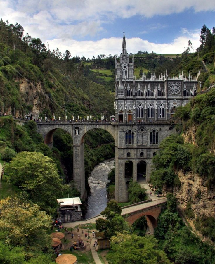 Las Lajas Cathedral, built in 1916, is located in remote southwest Colombia, deep down in a gorge of the Guaitara River (close to Columbia's border with Ecuador) .
